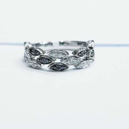 18kt white gold ring with natural diamonds - (leaves)