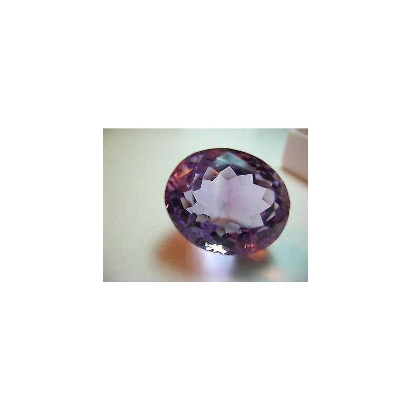 Ametista taglio ovale 17.40 carati 16x21 mm Lotto