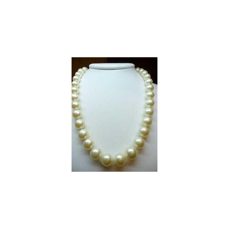 Les perles d'AUSTRALIE AUSTRALIEN DIAMÈTRE de 16 à 13 CARATS FERMOIR EN OR 18 KT