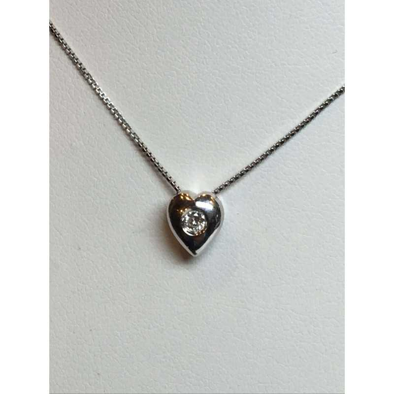 POINT a LIGHT HEART AND DIAMOND NECKLACE OF 0.10 CARAT VS F COLOR ORO 18 Kt