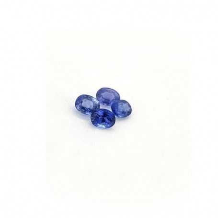 Blue sapphire oval cut 0.25 carat 3x4 mm