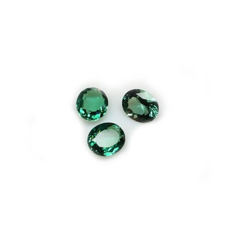 TOPAZ GREEN OVAL 9.50 Carats 10.56 x 13.37 mm