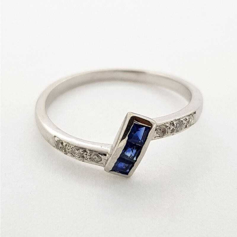 Ring White gold 18kt with DIAMONDS and SAPPHIRES 0.36 ct Total - Model (FRIDAY)