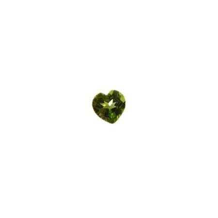 Peridot heart cut 1.35 carat 6.79 X 6.90 mm