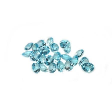 TOPAZE BLEUE OVALE de 0,45 Carats 3.95 x 5.62 mm