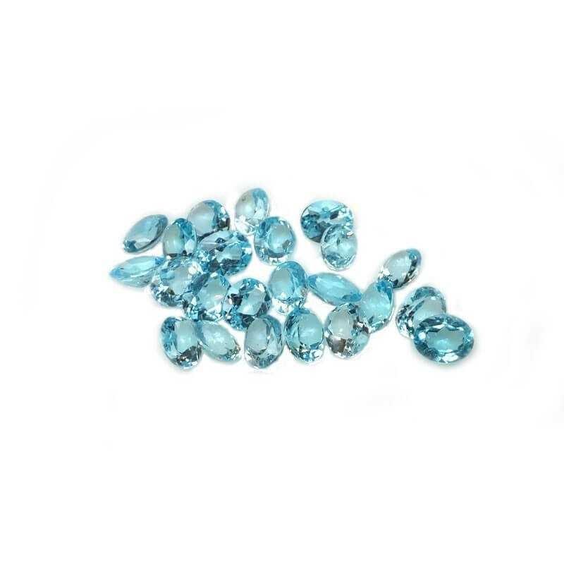 TOPAZE BLEUE OVALE de 0,60 Carats (6.0 x 4.0 mm