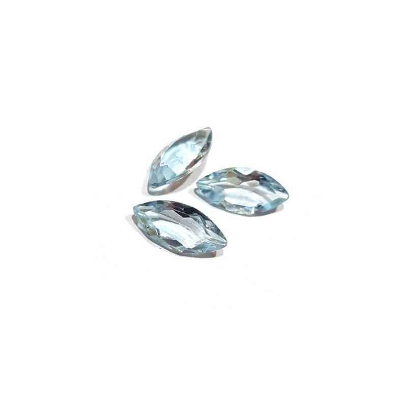 TOPAZE BLEUE NAVETTES 1.89 Carats 11.92 x 6.09 mm