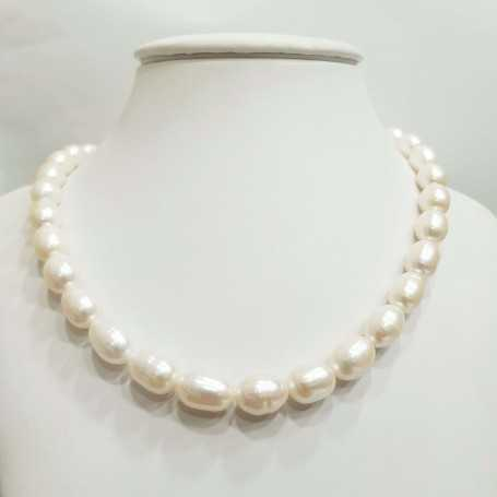Strand necklace Oval beads BIWA WHITE measures from 11 to 12 mm length 40 cm