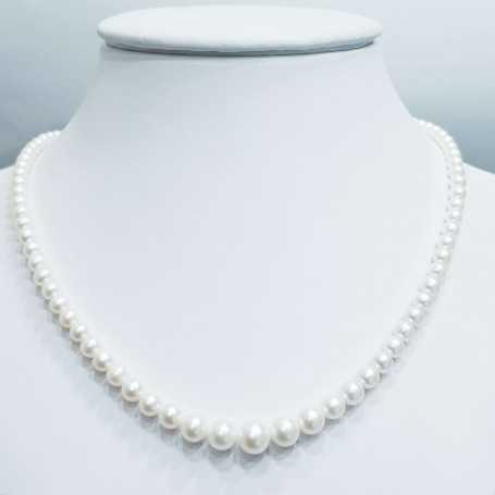 Strand necklace Akoya white pearls measure from 3.5 to 9.5 mm length 40cm