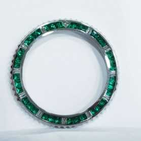 RING Diamonds and Emeralds 4 Carat Total ROLEX SUB MARINER