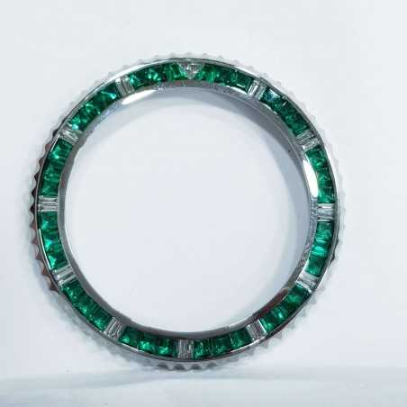 Total 4 carat diamonds and emeralds ring for ROLEX SUBMARINER