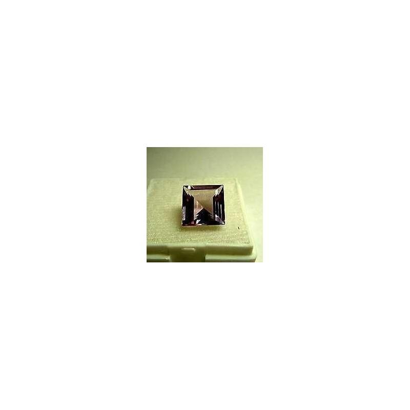 AMÉTHYSTE CARRÉE ANTIQUE 17x17 CT DE 15,5 COULEUR de TOP