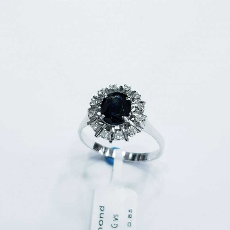 Gold ring with Diamonds and Sapphire Natural 0.67 ct Total