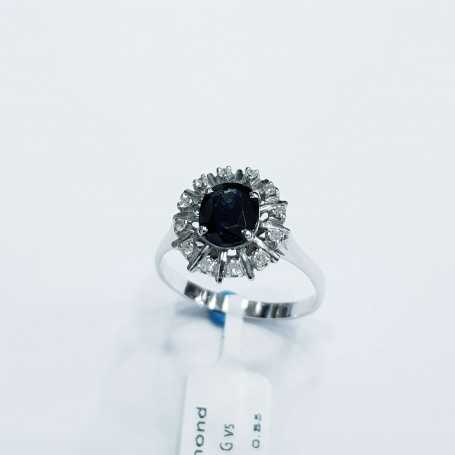 Gold ring with Diamonds and Sapphire, Natural 0.67 ct Total